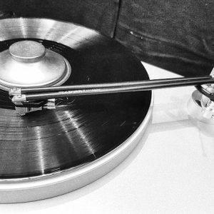 Lemezjátszó hangkar